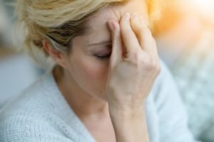 Rotlichtlampen bei Kopfschmerzen